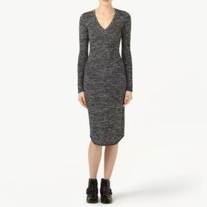Aritzia Wilfred v neck long sleeve dress